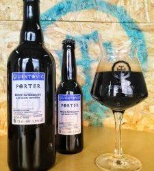 Un Porter, bière noire légère aux notes torréfiées et café