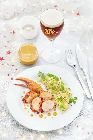 Recette de Noël : Homard sauce corail, à la bière de Noël